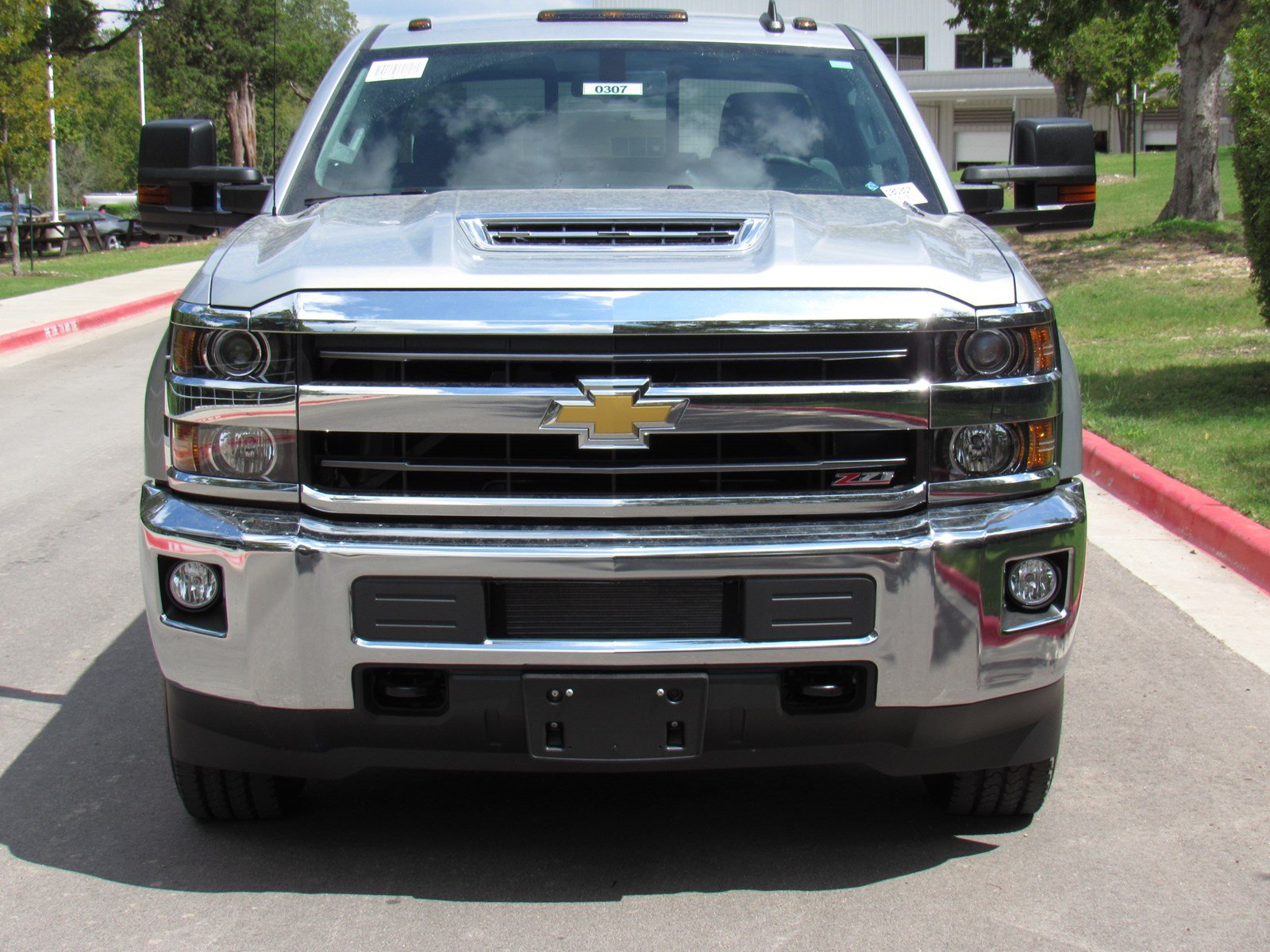 new 2018 chevrolet silverado 2500hd lt crew cab pickup in austin 180307 capitol chevrolet. Black Bedroom Furniture Sets. Home Design Ideas