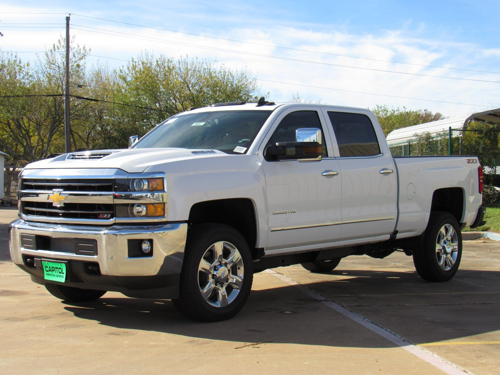 2018 chevrolet silverado wireless charging. Black Bedroom Furniture Sets. Home Design Ideas