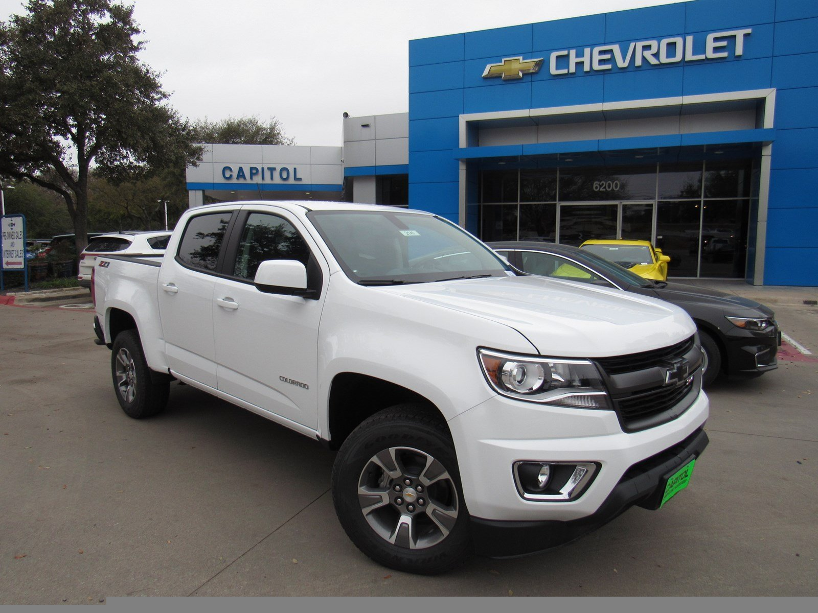 new 2018 chevrolet colorado 4wd z71 crew cab pickup in austin 182141 capitol chevrolet. Black Bedroom Furniture Sets. Home Design Ideas