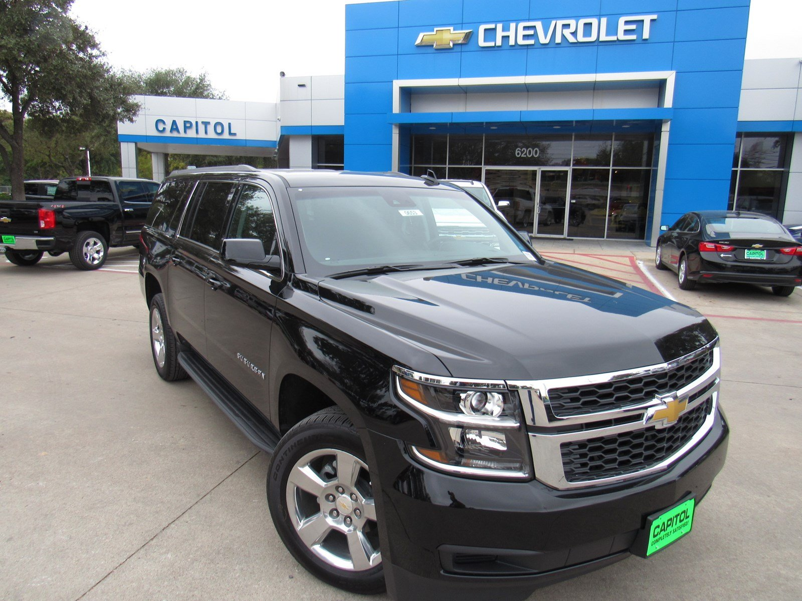 new 2018 chevrolet suburban lt sport utility in austin 180653 capitol chevrolet. Black Bedroom Furniture Sets. Home Design Ideas