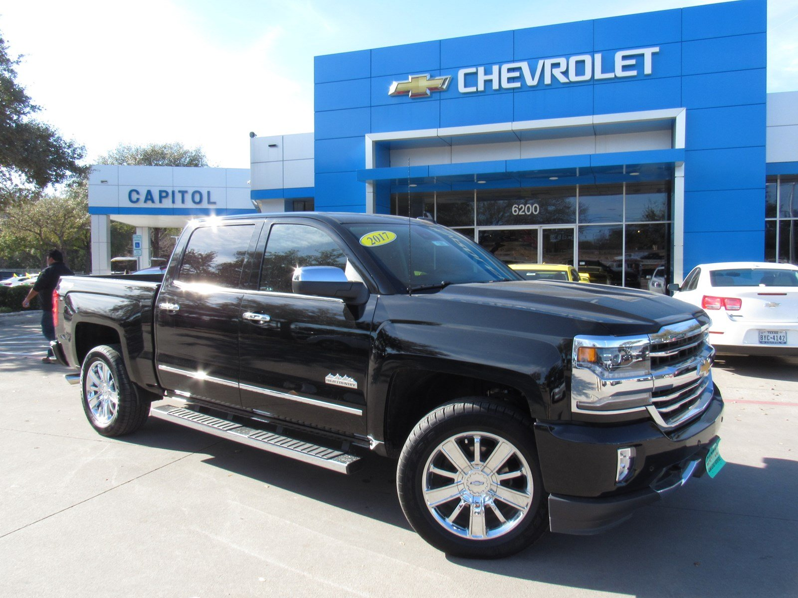 new 2017 chevrolet silverado 1500 high country crew cab pickup in austin 171285 capitol chevrolet. Black Bedroom Furniture Sets. Home Design Ideas